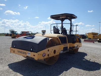 Detail photo of 2011 Volvo DD112HF from Construction Equipment Guide