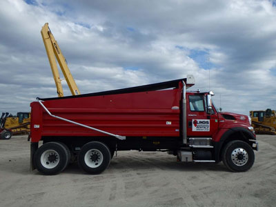 Detail photo of 2013 International 7500 from Construction Equipment Guide