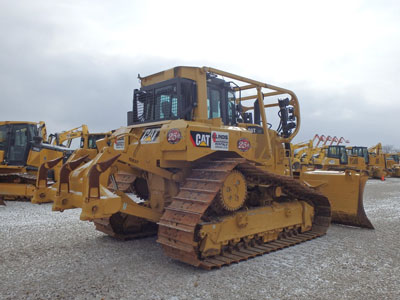 Detail photo of 2014 Caterpillar D6T LGP from Construction Equipment Guide
