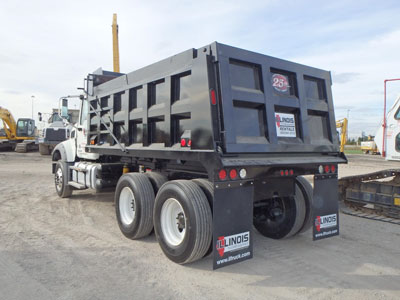 Detail photo of 2015 Mack GRANITE GU433 from Construction Equipment Guide