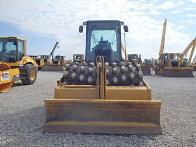 Detail photo of 2010 Caterpillar CP56 from Construction Equipment Guide