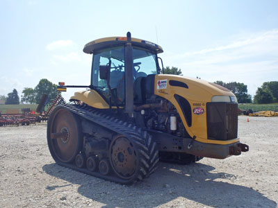 Detail photo of 2004 Challenger MT755 from Construction Equipment Guide