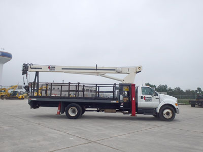 Detail photo of 2005 Ford F750 XL from Construction Equipment Guide