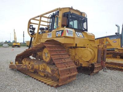Detail photo of 2013 Caterpillar D6T LGP from Construction Equipment Guide