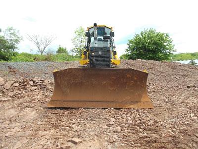 Detail photo of 2015 John Deere 750K from Construction Equipment Guide