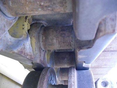 Detail photo of 2010 Komatsu D65EX-15E0 from Construction Equipment Guide