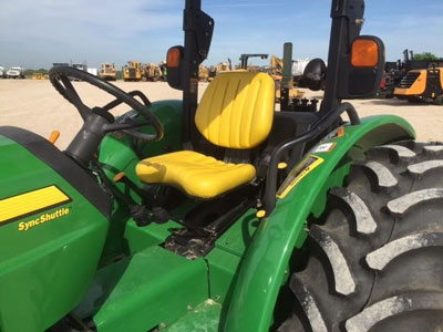 Detail photo of 2007 John Deere 5525 from Construction Equipment Guide