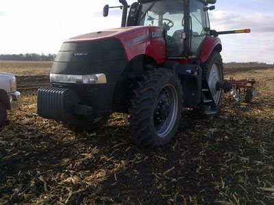 Detail photo of 2014 Case IH MAG235 from Construction Equipment Guide