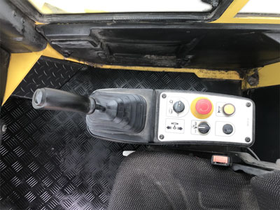 Detail photo of 2015 Bomag BW213DI-4 from Construction Equipment Guide