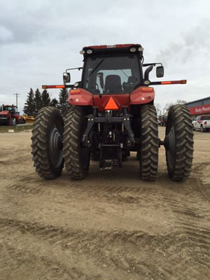 Detail photo of 2015 Case IH MAG310 from Construction Equipment Guide