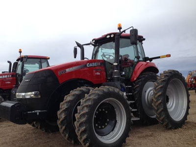 Detail photo of 2015 Case IH MAG340 from Construction Equipment Guide