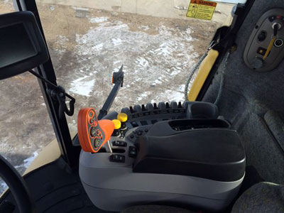 Detail photo of 2004 New Holland CX840 from Construction Equipment Guide